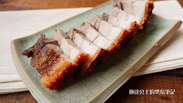 脆皮烤豬-6