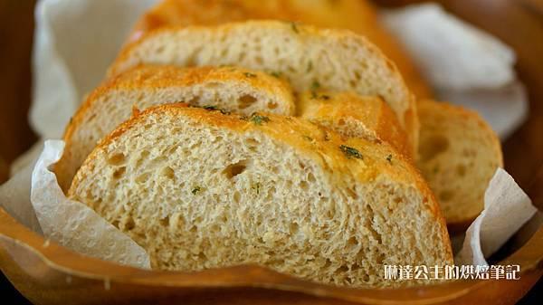 全麥香蒜奶油麵包-5