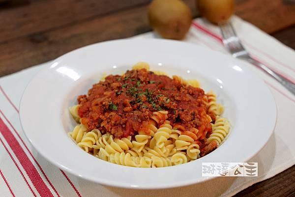 番茄肉醬義大利麵-1