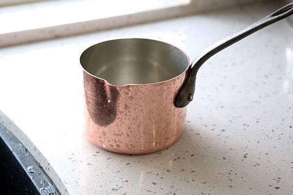 銅鍋清潔後-1