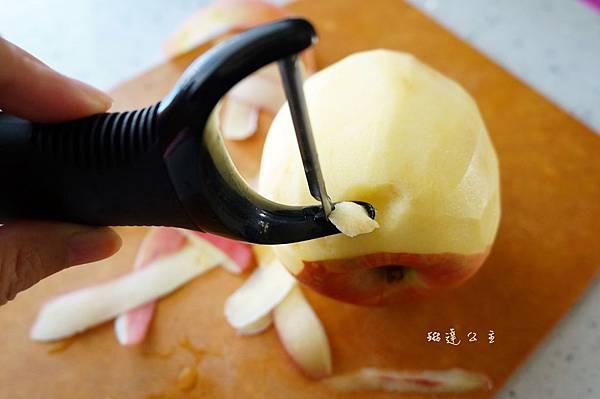 Y 型蔬果削皮器 3
