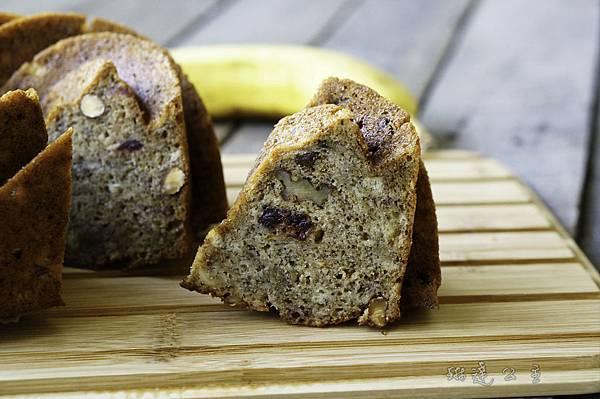 香蕉堅果蜂蜜肉桂蛋糕-18.jpg