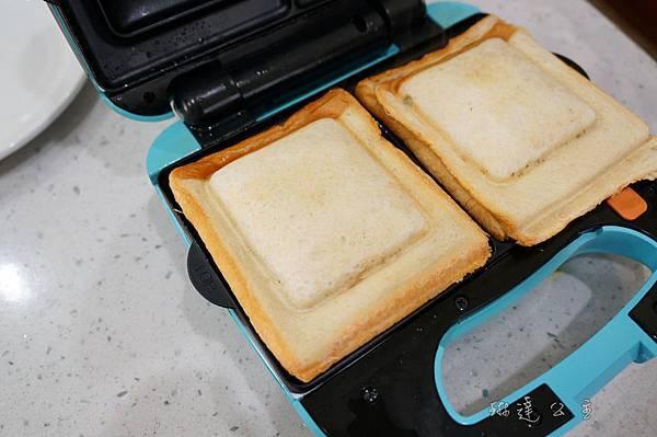 海苔厚蛋燒三明治-3.jpg