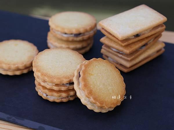蘭姆葡萄夾心餅乾-2.JPG