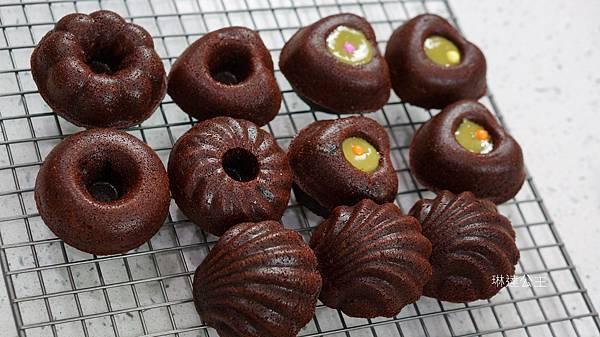 巧克力優格小蛋糕-5.jpg