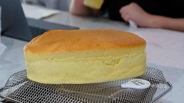 輕乳酪蛋糕-1.jpg