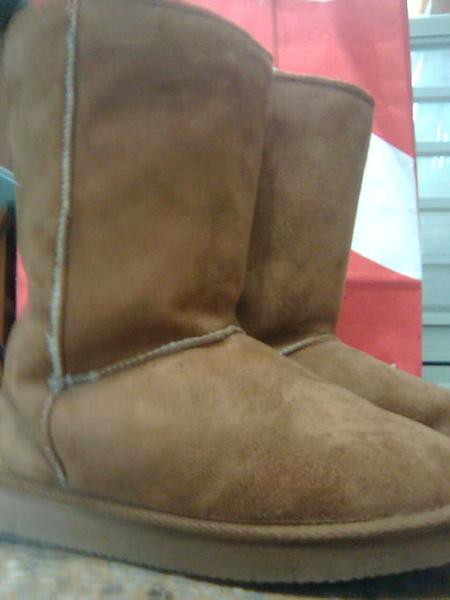 [售出]圓頭鋪舖棕色雪靴