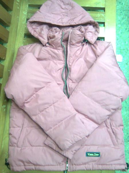 [售出]Winter Time 粉色羽絨連帽外套