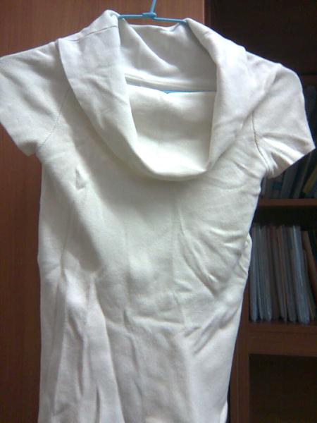 [售出]兩穿式‧白色羅紋合身T