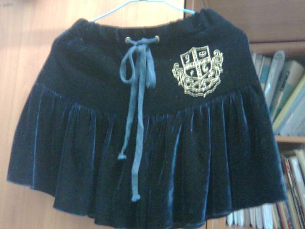 深藍燙金徽章‧絨布面短裙