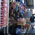 Swap Meet 跳蚤市場買墨西哥零嘴的攤子