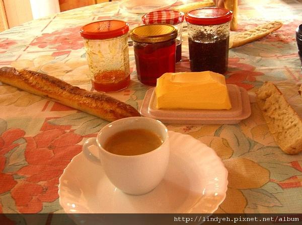 breakfast_04.jpg