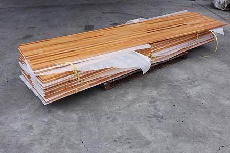 印尼檜木集成材 塗裝品 (6).JPG
