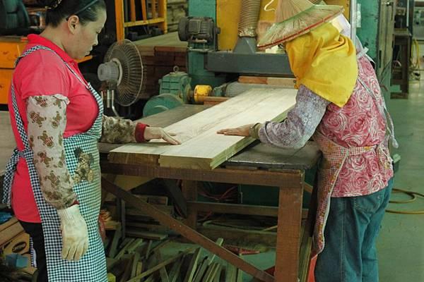 緬甸柚木地板