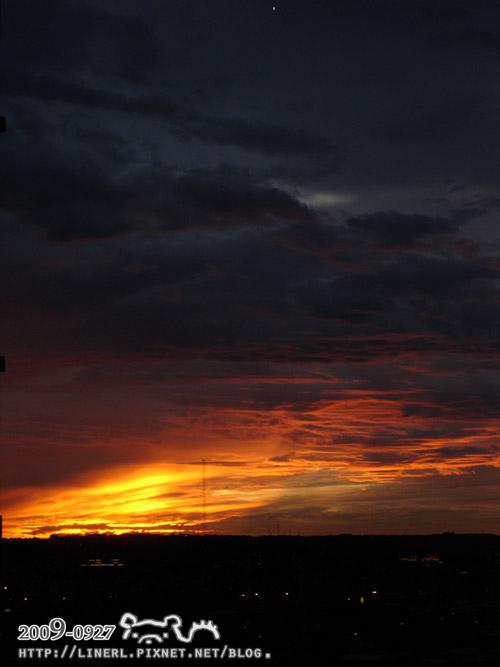 200909日常-颱風前夕陽02