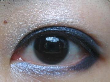 maybelline眼影09.jpg