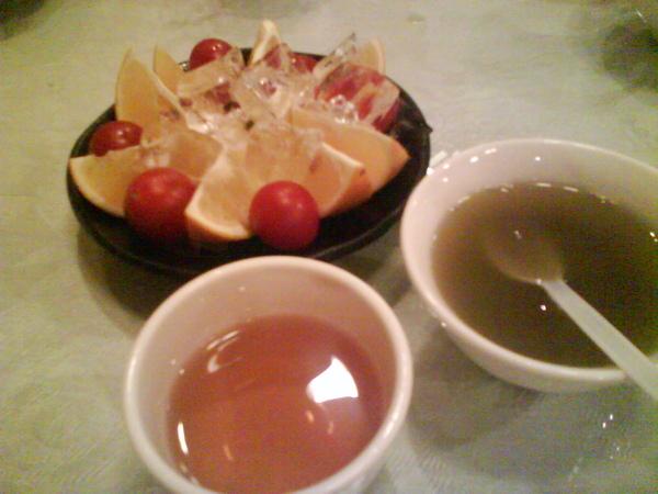 水果跟飯後甜點..