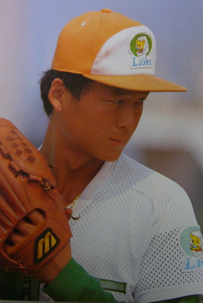 職元年最年輕勝利投手-謝佳訓