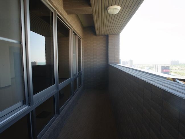 室內設計 空間設計 設計師 裝潢 裝修 舊翻新 公寓翻新 老屋翻新 預售屋 居家裝潢 居家設計 超耐磨地板 海島型地板 廚具 設計師 收納 系統櫃