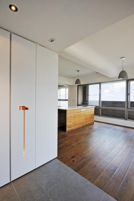 室內設計 空間設計 設計師 裝潢 裝修 舊翻新 公寓翻新 老屋翻新 預售屋 居家裝潢 居家設計 超耐磨地板 海島型地板 廚具 設計師 收納 系統櫃 土壤液化 結構補強