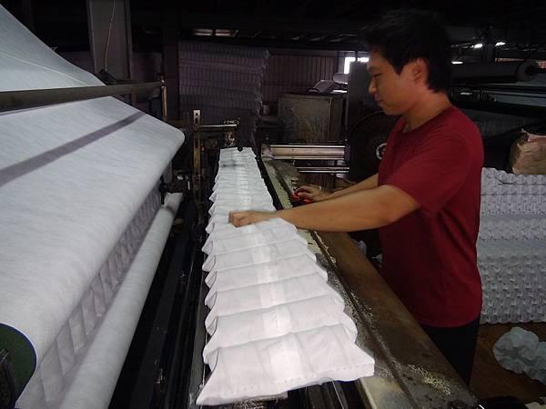 隆美彈簧床製作過程2