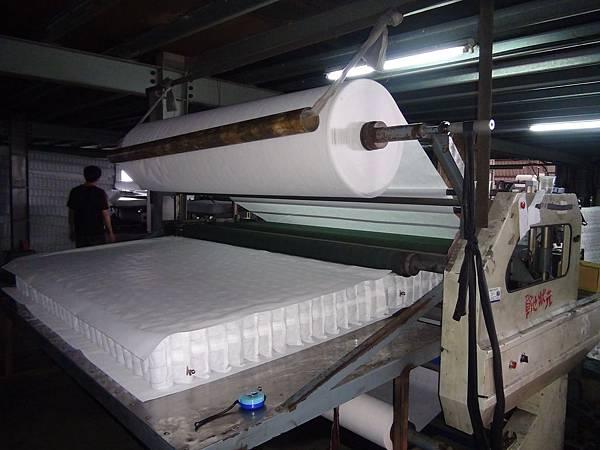 隆美彈簧床製作過程4