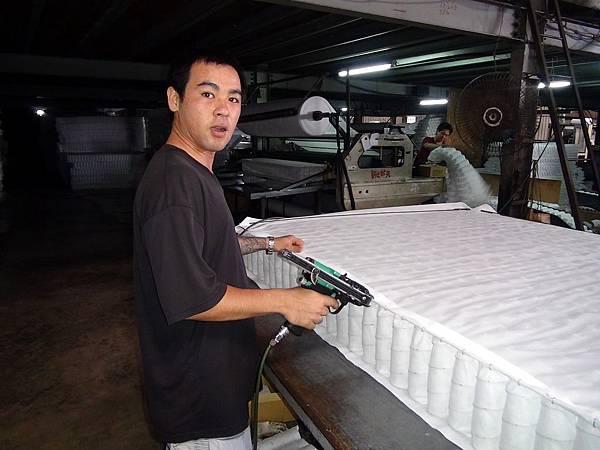 隆美彈簧床製作過程5