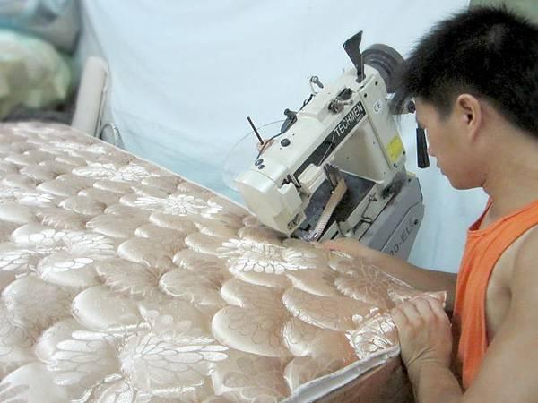 隆美彈簧床製作過程7