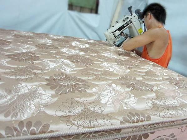隆美彈簧床製作過程8