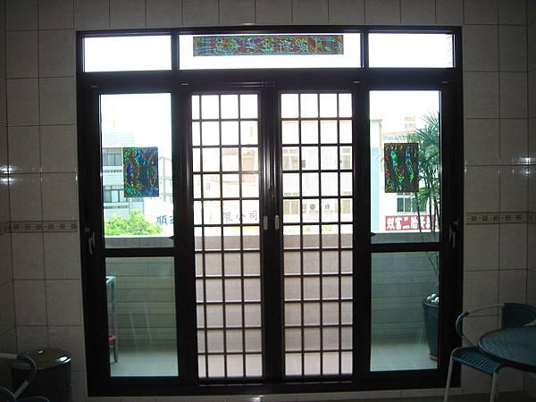 浩成工程行-落地型氣密窗