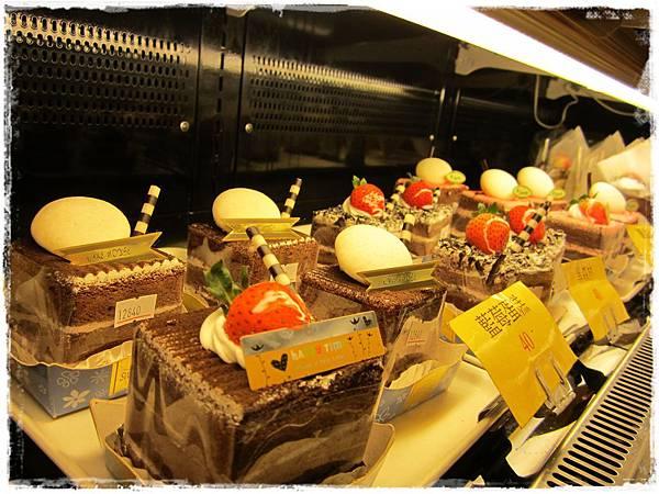 美食村蛋糕-店內3