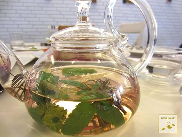 烘布蕾-香草茶