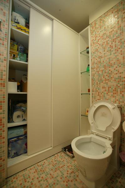 客用的廁所邊邊我改成儲藏櫃