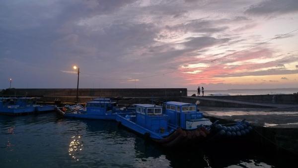 香蕉灣漁港3.jpg