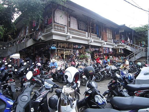2011.1.29~2.2-峇里島-3-烏布傳統市場.JPG