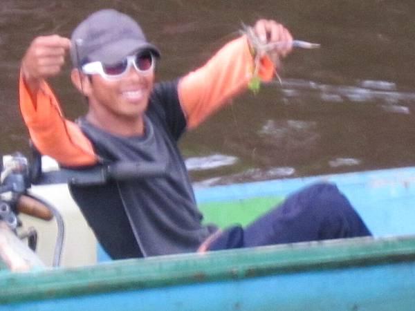 7.20-行程-婆羅洲森林生態探秘-釣蝦小船.JPG