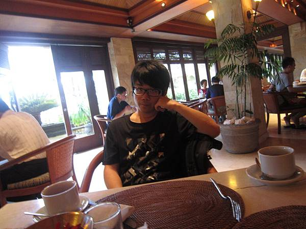 2011.1.29~2.2-峇里島-3-The Patra Resort Bali Villa-1(自助早餐).JPG