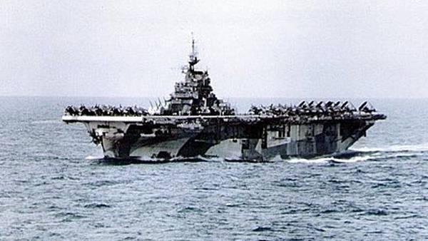 9101 大黃蜂1942 年航行在台灣琉球間水域(翻拍).jpg