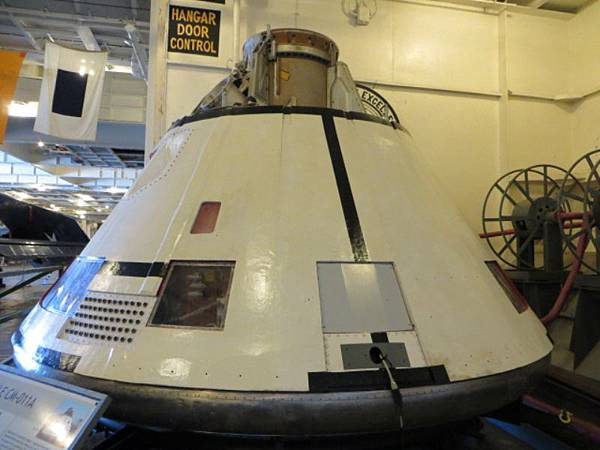 9111 收回阿波羅太空艙.JPG
