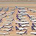 184 310 封存中的飛機.jpg