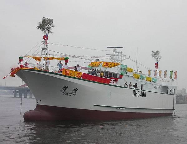 27003 310台灣漁船下水 1.jpg
