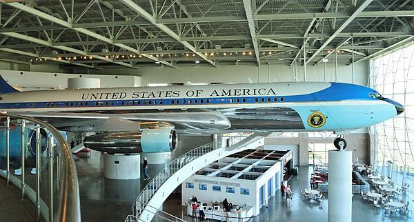 231 010 Air Force One.jpg