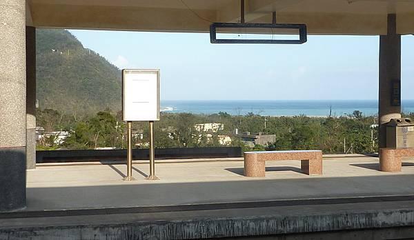 27209 010 東澳車站.jpg