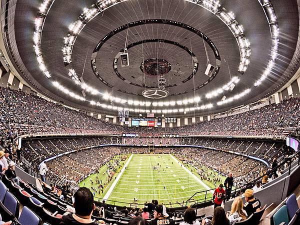 30037 250 New Orleans Superdome.jpg
