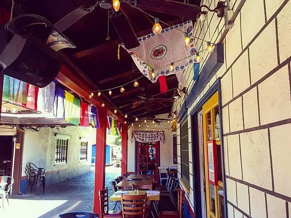 368 905 巷道內的尼泊爾餐廳.jpg