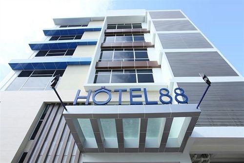 surabaya hotel 88