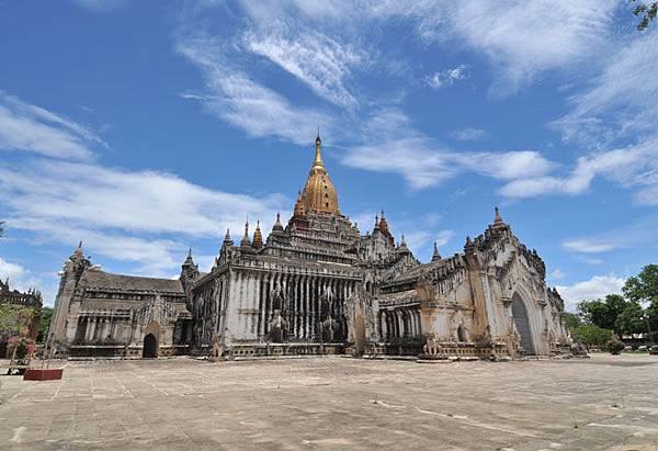 Ananda-Pagoda-Bagan-Myanmar1