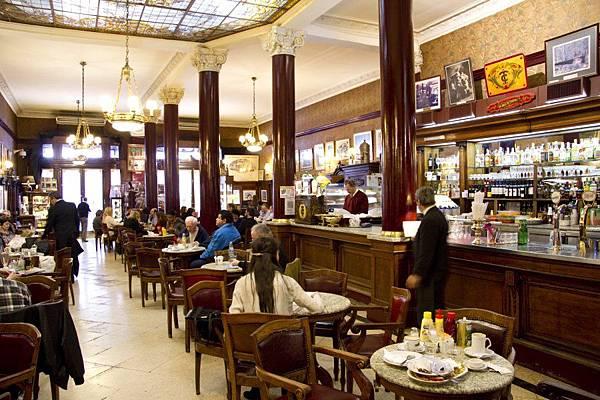 Cafe-07.jpg