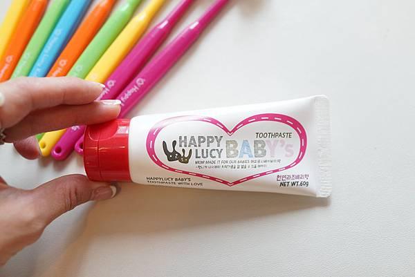 牙膏.jpg