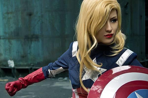 08-lady_captain_america_by_hinosherloki-d5rk7wc